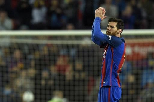 5c43210c82 A través del sitio oficial del Club se conoció el nuevo uniforme del  Barcelona para la próxima temporada. Rakuten