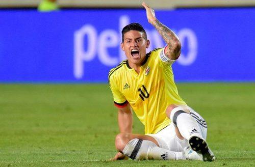 [VIDEO] James Rodríguez regaló camiseta de Colombia a reconocido jugador de España