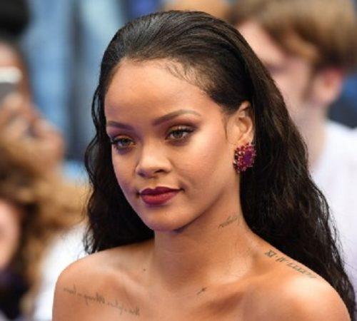 Rihanna celebró su cumpleaños 30 con una dedicatoria para su madre y fotos de su niñez