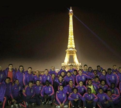 La Selección Colombia visita la Torre Eiffel y se alista para enfrentar a Francia