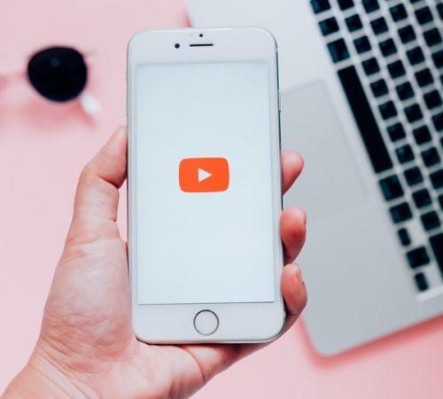 Así puedes escuchar música en YouTube con la pantalla bloqueada