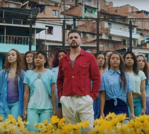 Juanes reinventa la música urbana con su nuevo sencillo 'Padentro'