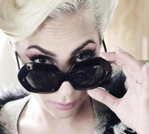 Lady Gaga desafía la censura en Instagram con atrevida foto desnuda